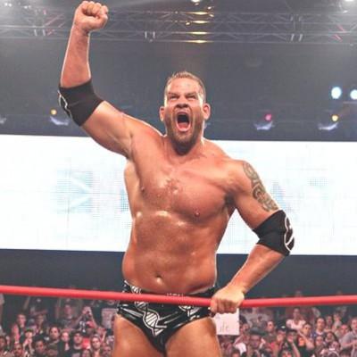 Qui est AJ datant de la WWE