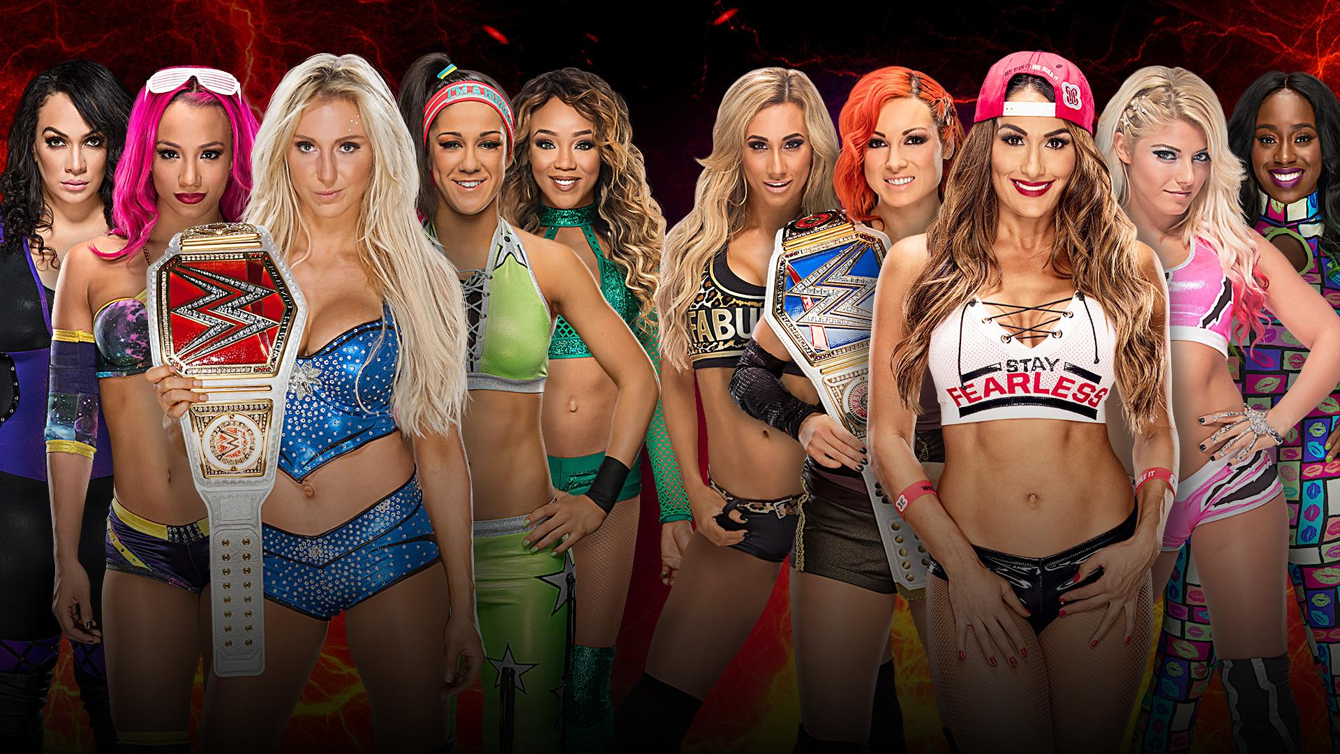 Team Raw vs Team SmackDown Women's Elimination Match