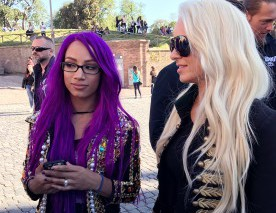 Sasha Banks et Maryse