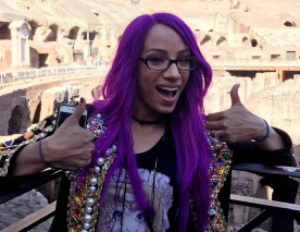 Sasha Banks la touriste